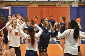 3rd set comeback propels Syracuse to win in ACC opener